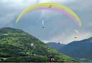 In volo sui cieli delle DolomitiA Feltre i Mondiali di parapendio