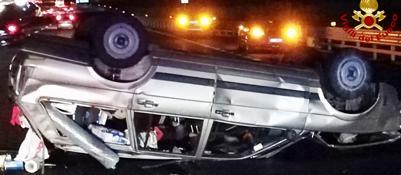 Schianto in autostrada A4: tre feriti Illeso il conducente di una delle auto