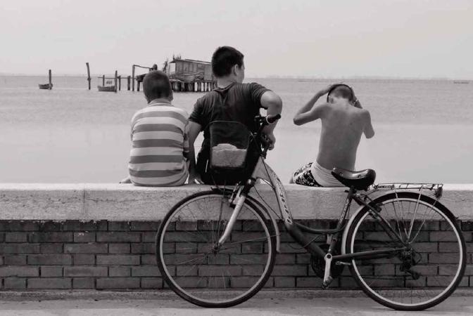 Primo giorno di vacanza a Pellestrina per i ragazzi del posto… Pellestrina (VE)