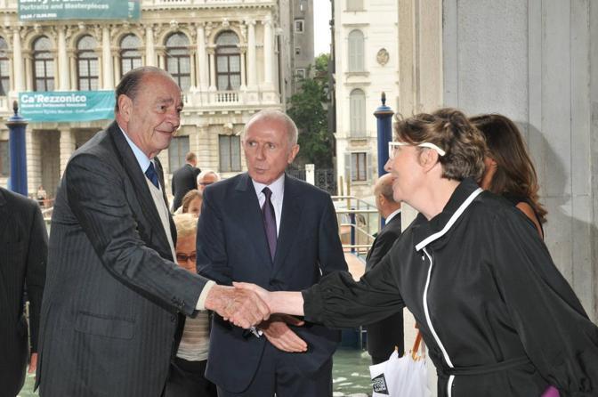 Jacques Chirac con François Pinault e Caroline Bourgeois (Marco Sabadin/Vision)