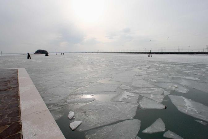 Venezia, punta San Giuliano. Il Pack della laguna (Errebi)