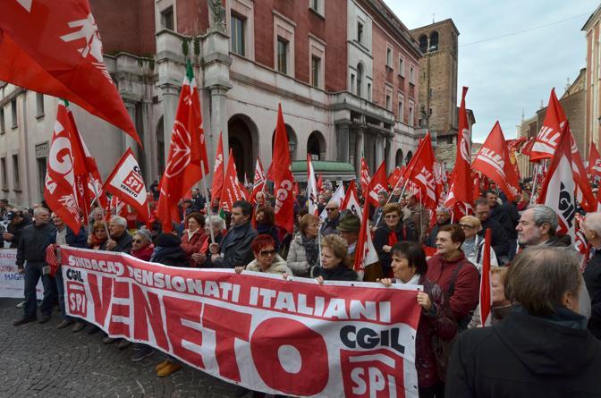 Vicenza, il comizio in Piazza Poste (Vito T. Galofaro)