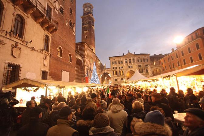 Verona assalto ai mercatini corriere veneto - Mercatini in veneto ...