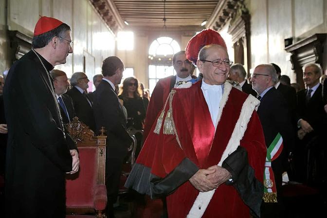 L'ingresso del procuratore generale della Repubblica Pietro Calogero