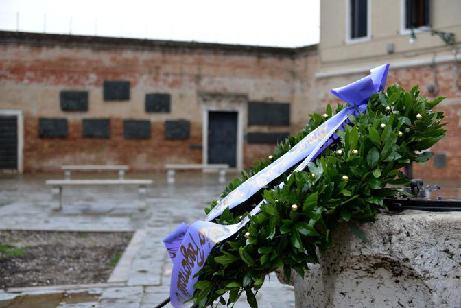 Venezia, Giornata della Memoria. Celebrazioni in campo del ghetto con il presidente della Regione Veneto Luca Zaia