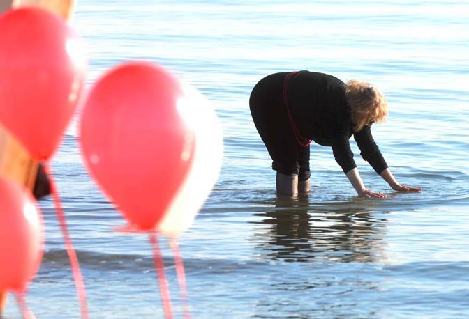 I primi ibernisti in spiaggia al Lido