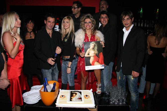 Presentazione del calendario di Francesca Cipriani alla discoteca The Club a Milano (LaPresse)