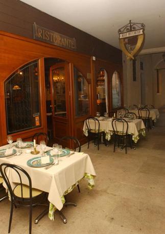 Treviso, il ristorante «Le Beccherie» della famiglia Campeol, dove fu inventato il Tiramisù (archivio)