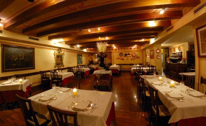 Treviso, il ristorante «Le Beccherie» della famiglia Campeol, dove fu inventato il Tiramisù (web)