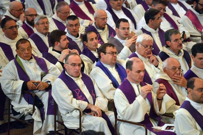 Venezia. Il funerale del patriarca emerito Marco Ce nella basilica di San Marco. I sacerdoti