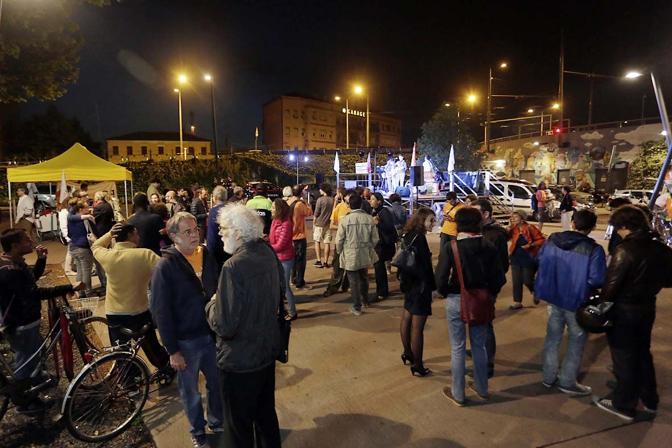 Francesco Fiore ha organizzato un concerto rock & blues in piazzale Stazione