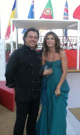 Lo chef Vettorello con Elisabetta Canalis