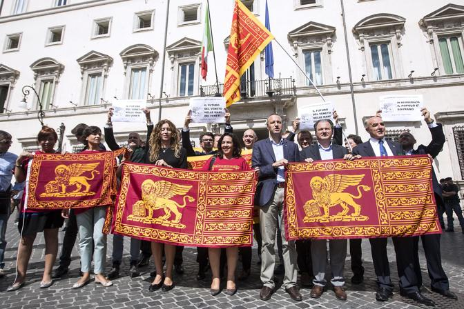 Manifestazione dei parlamentari Lega Nord a Roma per l'indipendenza del Veneto