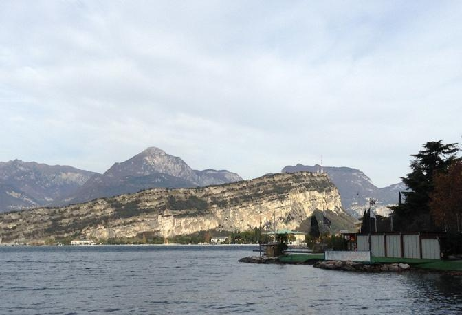 porta stagna che collega la galleria di servizio al tunnel idraulico Adige-Garda