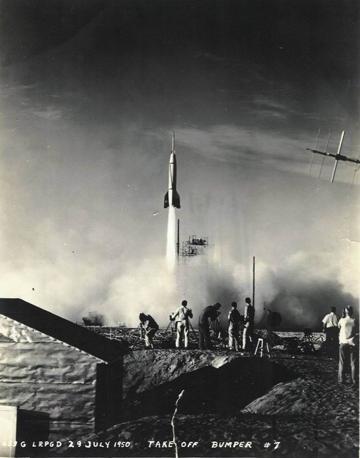 lancio di un missile V2 da una base americana nel 1950