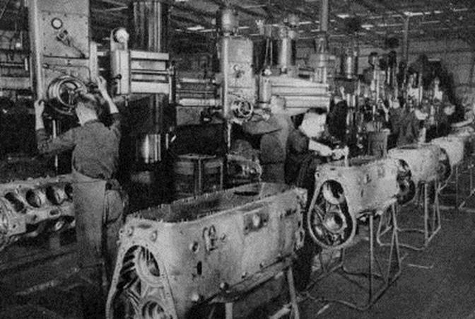fabbrica di armi segrete di Hitler nella galleria Caproni a Torbole