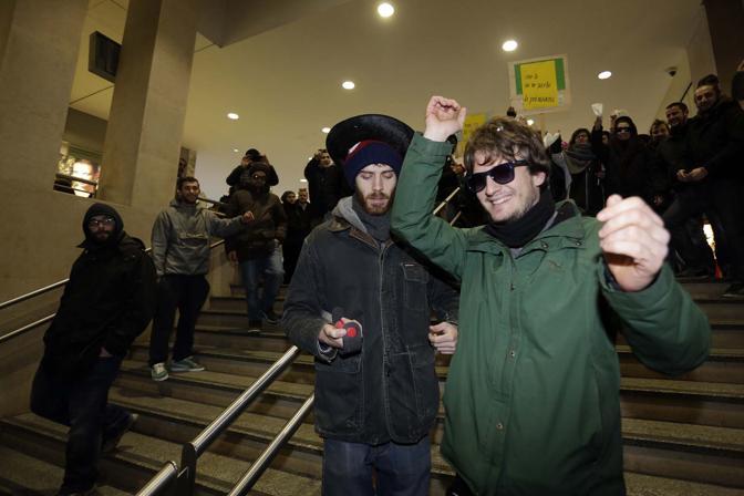 padova manifestazione pedro in stazione corriere veneto