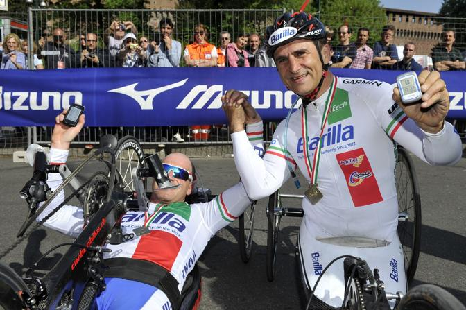 Alex Zanardi alla Milano City Marathon