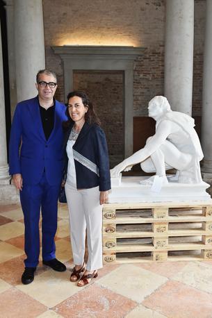 Gio Marconi e Claudia Dwek