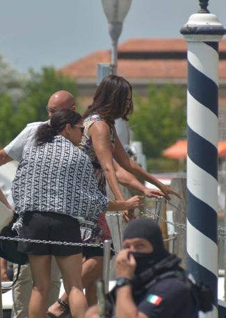 Venezia michelle tra biennale e murano corriere veneto for Vetreria re