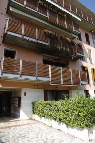 Treviso incendio doloso nello studio legale corriere veneto for Dove ha sede il parlamento