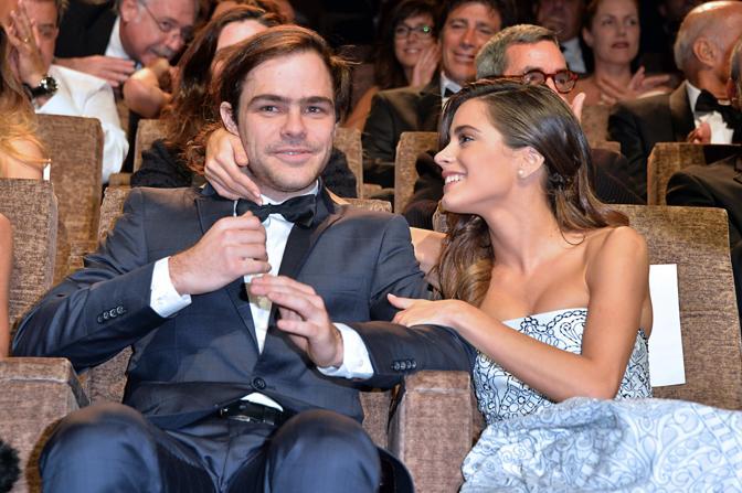Martina Stoessel e Peter Lanzani (La Presse)