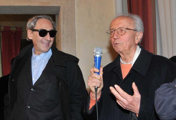 Franco Battiato e Giusto Pio a Caerano San Marco in occasione di una rassegna dedicata al compositore veneto nel 2011
