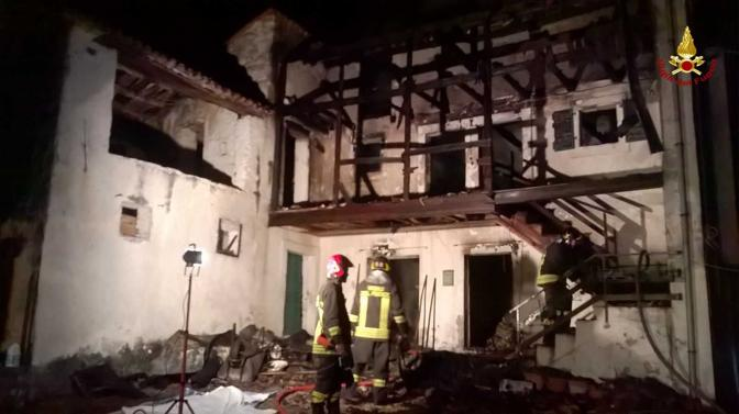 Vittorio Veneto, incendio in un'abitazione