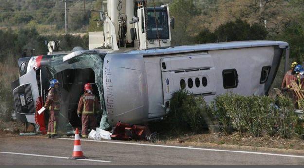 L'incidente di Tarragona in cui sono morte 13 studentesse, di cui 8 italiane