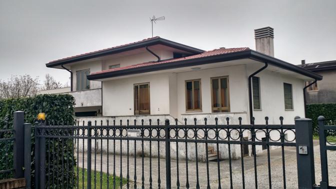 Padova rapina in appartamento corriere veneto - Obblighi del proprietario di casa ...