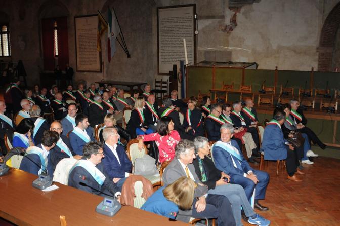 L'incontro con i sindaci a Palazzo dei Trecento