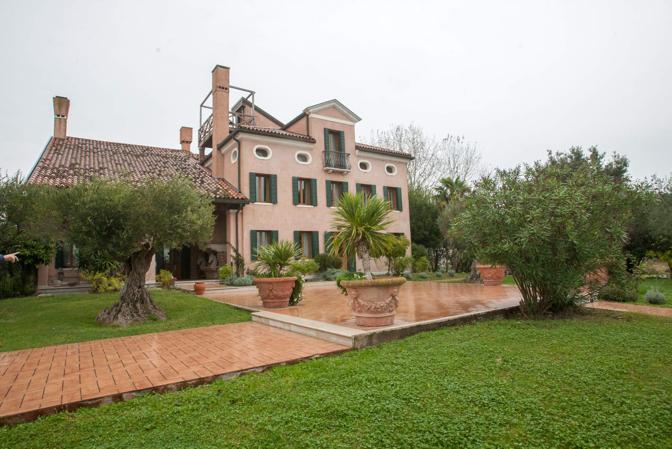 Venezia Isola di Santa Cristina, Villa Ammiana