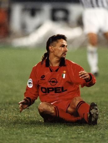 Roberto Baggio con la maglia del Milan. Giocò con i rossoneri dal 1995 al 1997