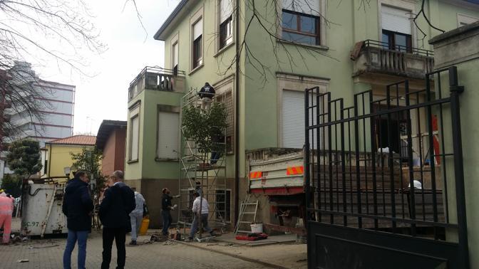 Lo sgombero della casa don gallo corriere veneto for Corriere casa