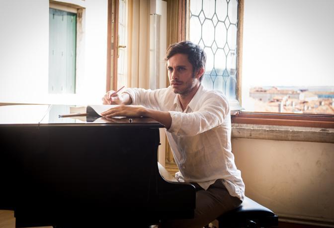 Il direttore Rodrigo De Souza, Gael García Bernal. Alle sue spalle Venezia
