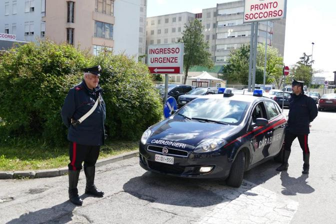 I carabinieri nel luogo della tragedia