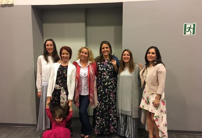 La sfilata Lions: le super modelle per una notte Rue21, tra cui le giornaliste Damiana Schirru e Elisa Billato con la figlia Batrice Vittoria Zanetti, baby testimonial dell'evento