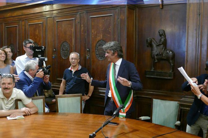 Il neosindaco Federico Sboarina in sala Arazzi per l'investitura