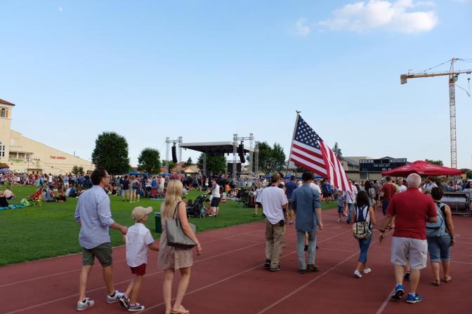Le celebrazioni del 4 luglio alla caserma americana