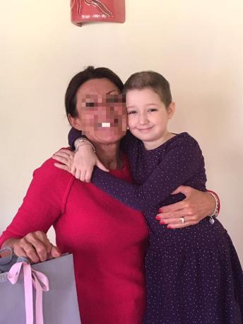 Muore la piccola Aurora Maniero, otto anni. Lottava da tempo contro la leucemia. Tre anni fa consegnò il suo salvadanaio al «Team for children», diventando la bambina più buona d'Italia (Facebook)