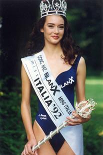 Gloria Zanin di Bassano, ha vinto Miss Italia nel 1992 (nella foto). Nel 2005 ha debuttato come attrice partecipando alla serie tv di Canale 5, Carabinieri 4. E' stata inviata del programma Quelli che il calcio. Ha sposato Simone  Tiribocchi, calciatore Atalanta e Chievo