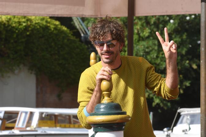 Michele Riondino, al Lido con Diva! documentario diretto da Francesco Patierno, sarà insignito del premio Kineo